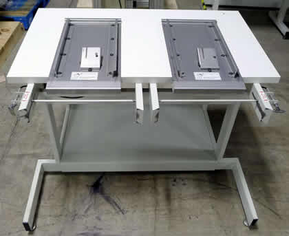 Universal Feeder Bank Storage Table Accessory: click to enlarge